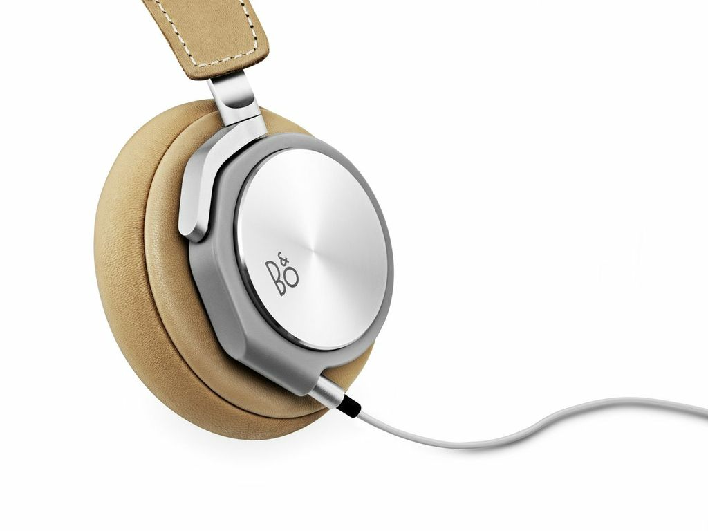 bang and olufsen b o beoplay h6 leather headphones natural. Black Bedroom Furniture Sets. Home Design Ideas